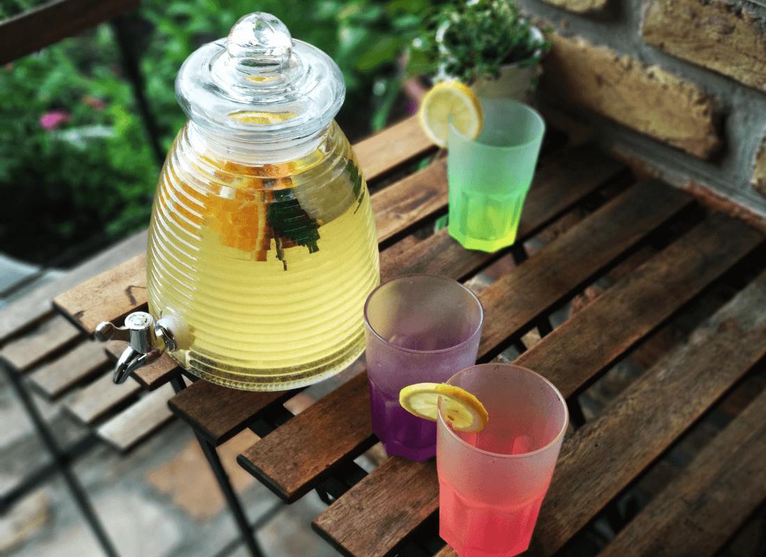2 db Limonádés üveg, 3 literes