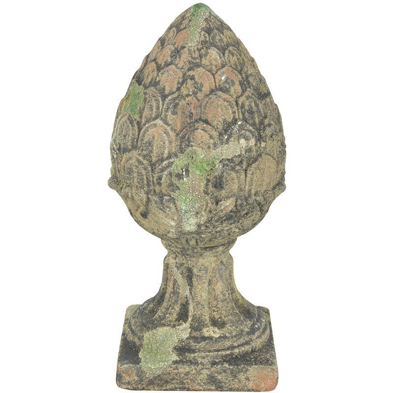 Toboz alakú szobor S