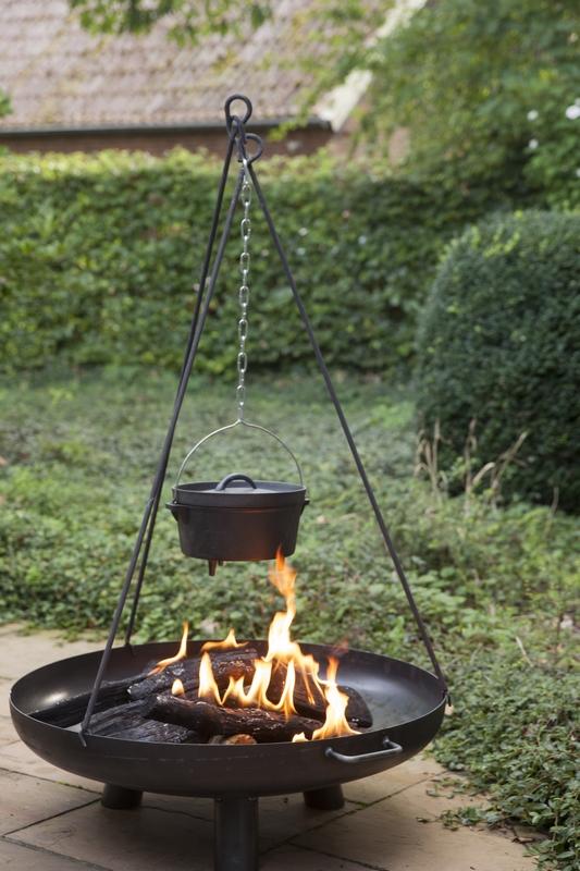 Bográcstartó állvány tűzrakó kosárhoz