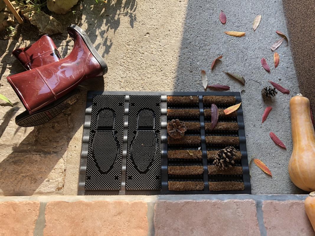 Cipőtisztító és szennyfogó tálca 60 x 40 cm
