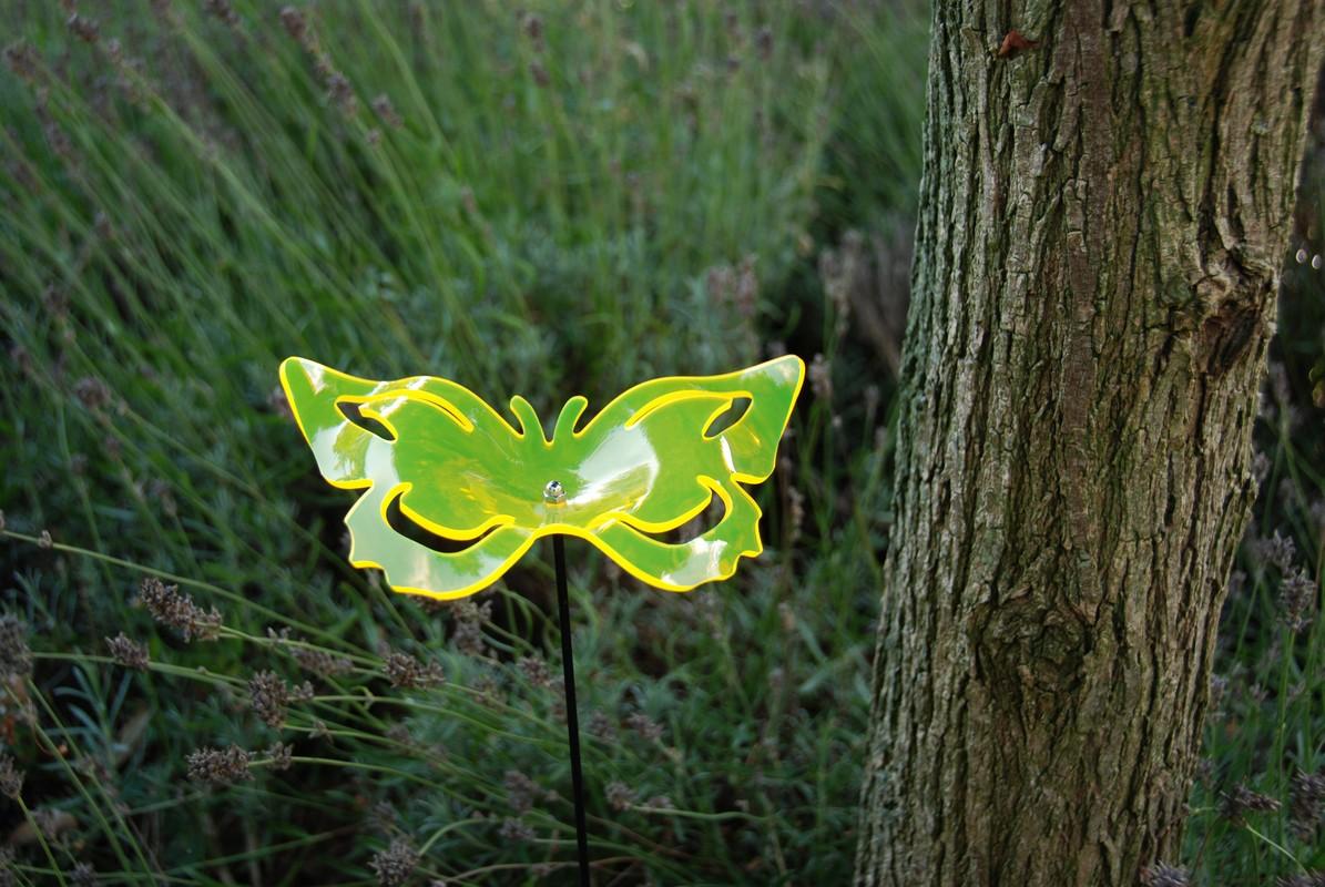 Fényvisszaverő pillangó