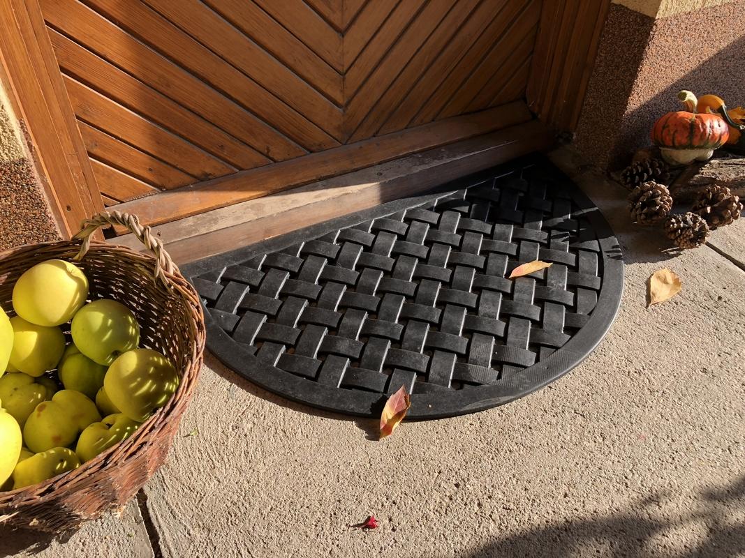 Fonott gumi lábtörlő 75 x 46 cm