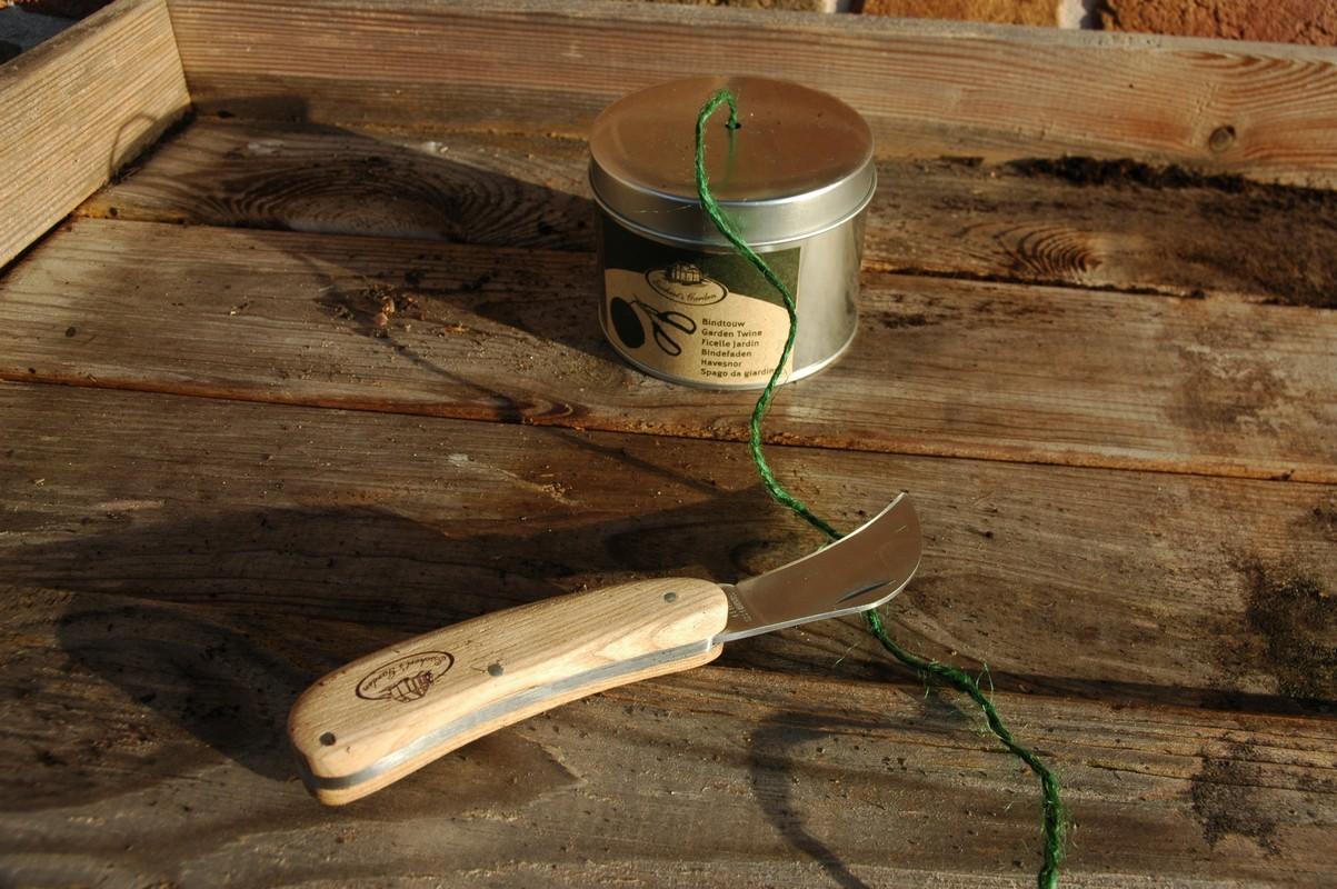 Kertész kés