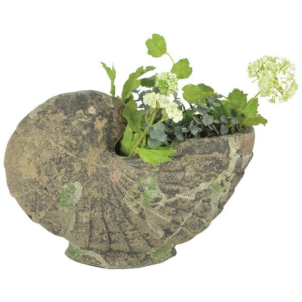 Kagyló alakú virágtartó szobor