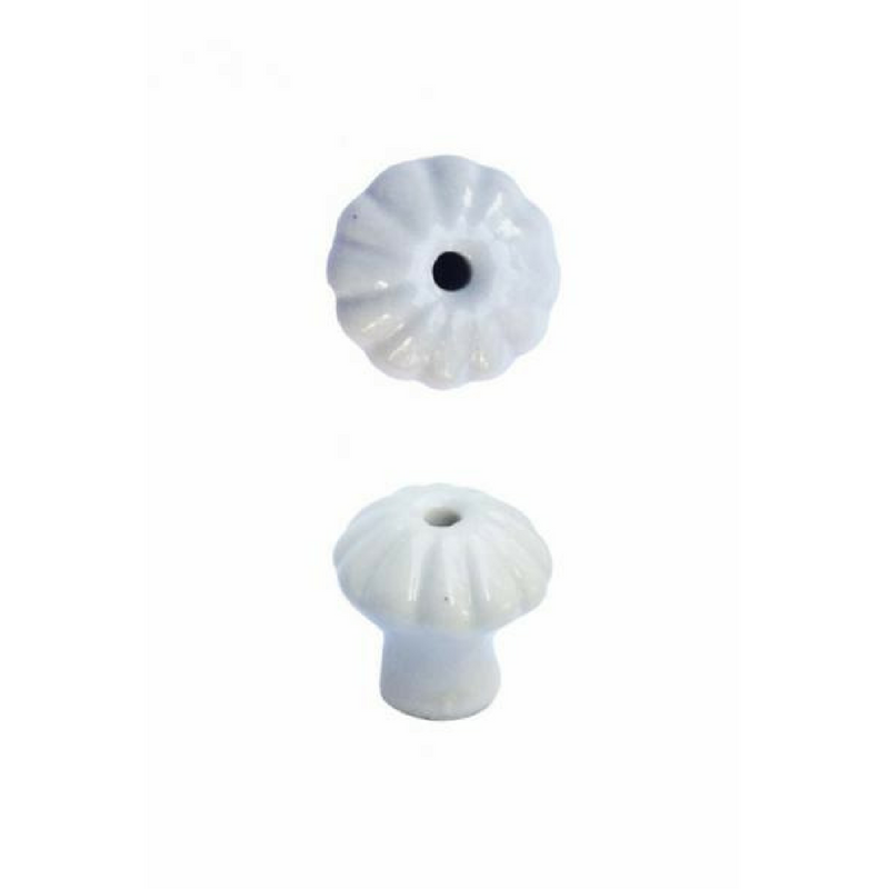 Kis porcelángomb