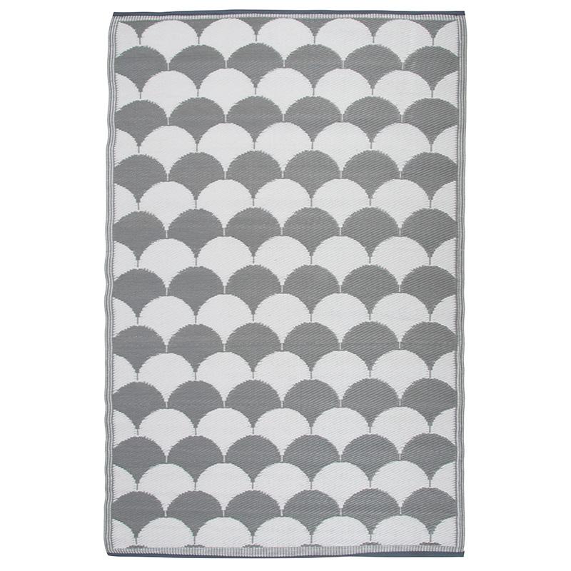 Kültéri szőnyeg, fekete-fehér mintával