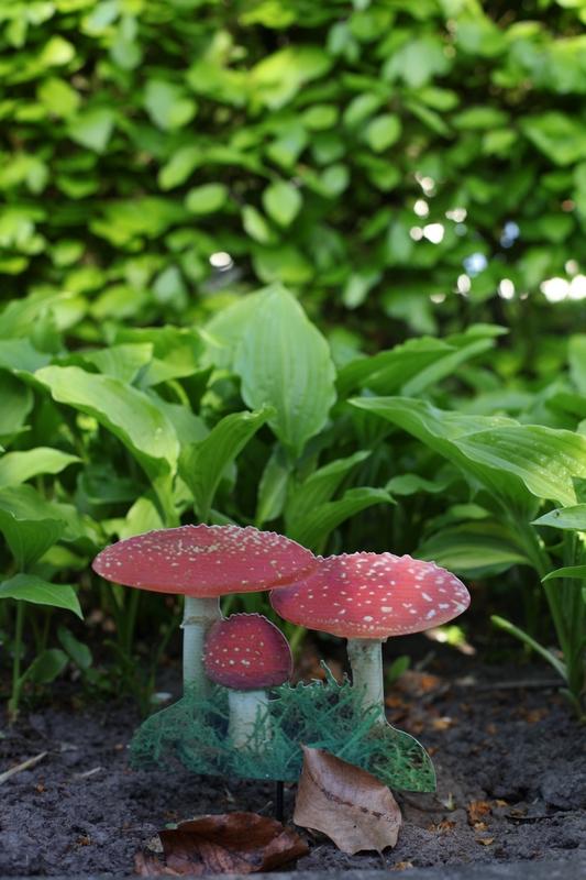 Leszúrható kerti dekoráció