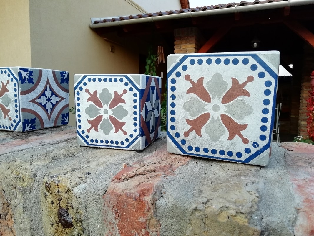 Mediterrán mozaikos virágcserép, S