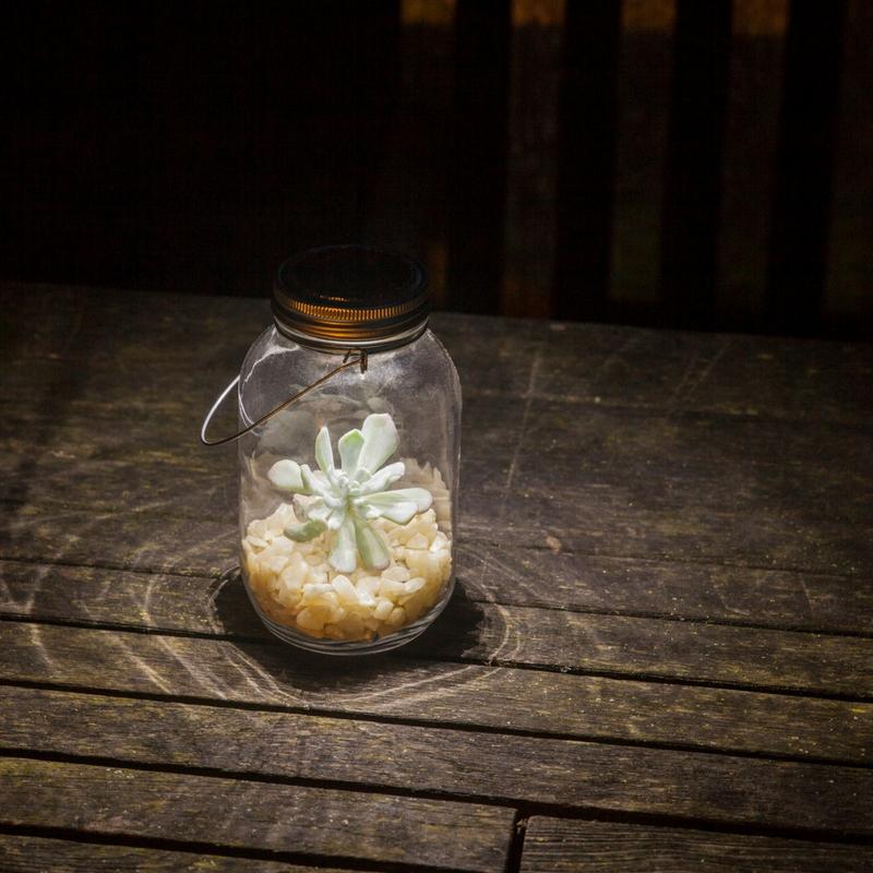 Napelemes üveg lámpás