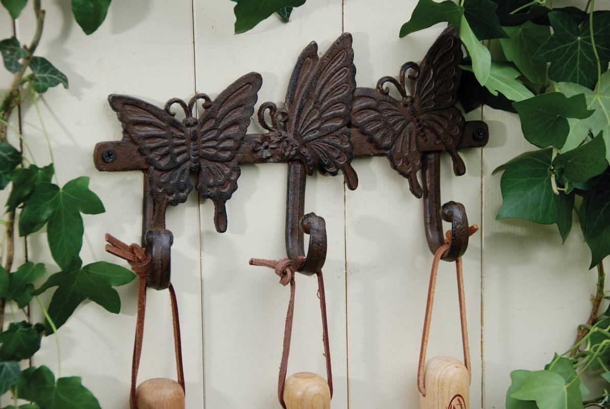 Pillangós hármas akasztó