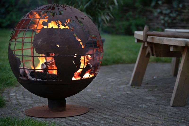Tűzrakó gömb földgömb mintával