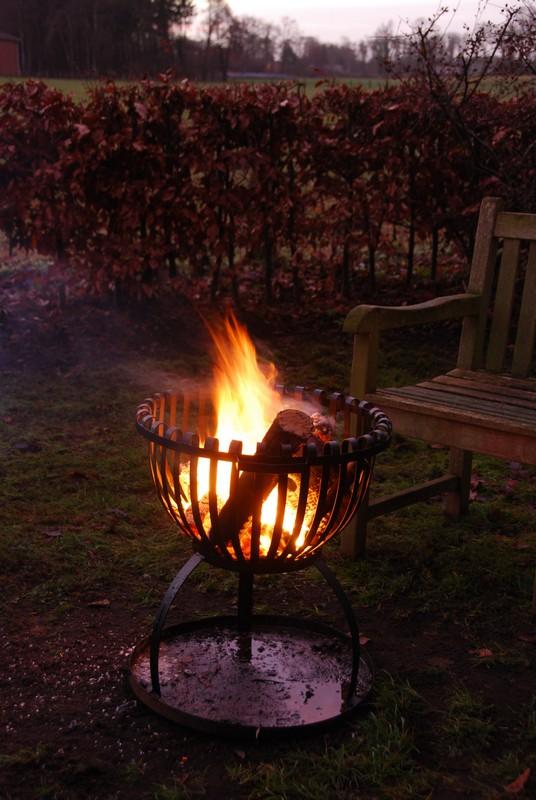 Tűzrakó kosár