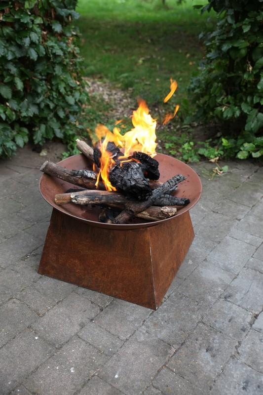 Tűzrakó tál