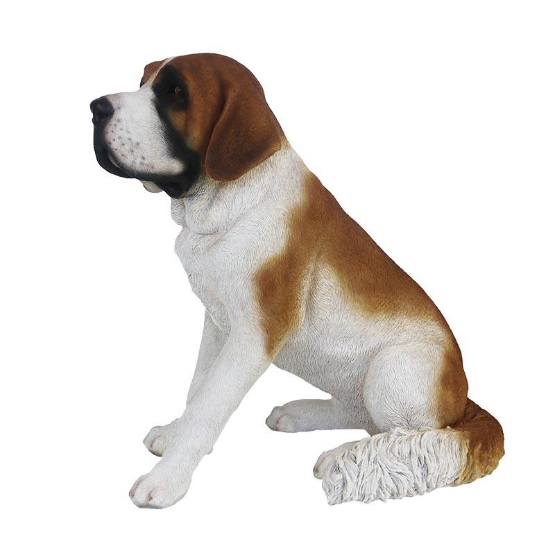 Ülő bernáthegyi kutya szobor, L
