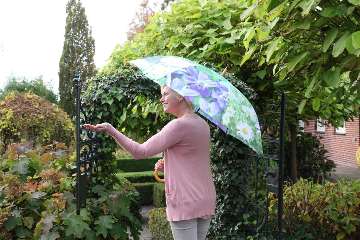 Virágos esernyő