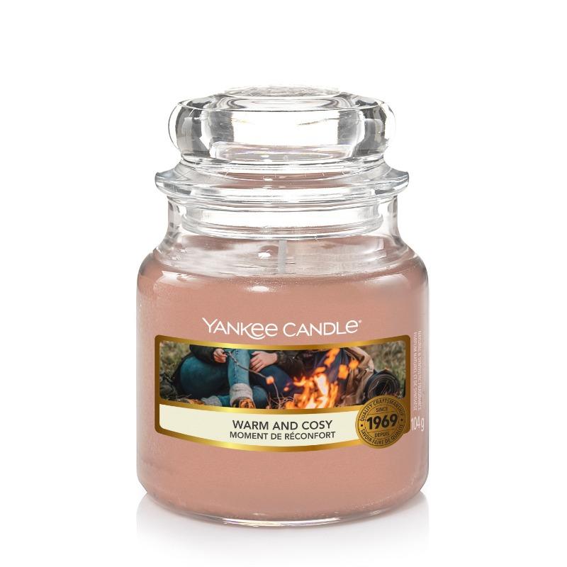 Warm and cosy, Yankee Candle illatgyertya, kicsi üveg (cédrus, kasmir, eukaliptusz)