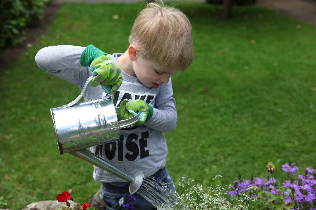 Zöld gyerek kerti kesztyű