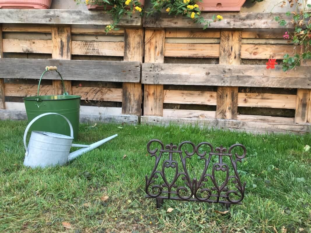 Miért nélkülözhetetlen a kertedben a jó minőségű ágyásszegély?